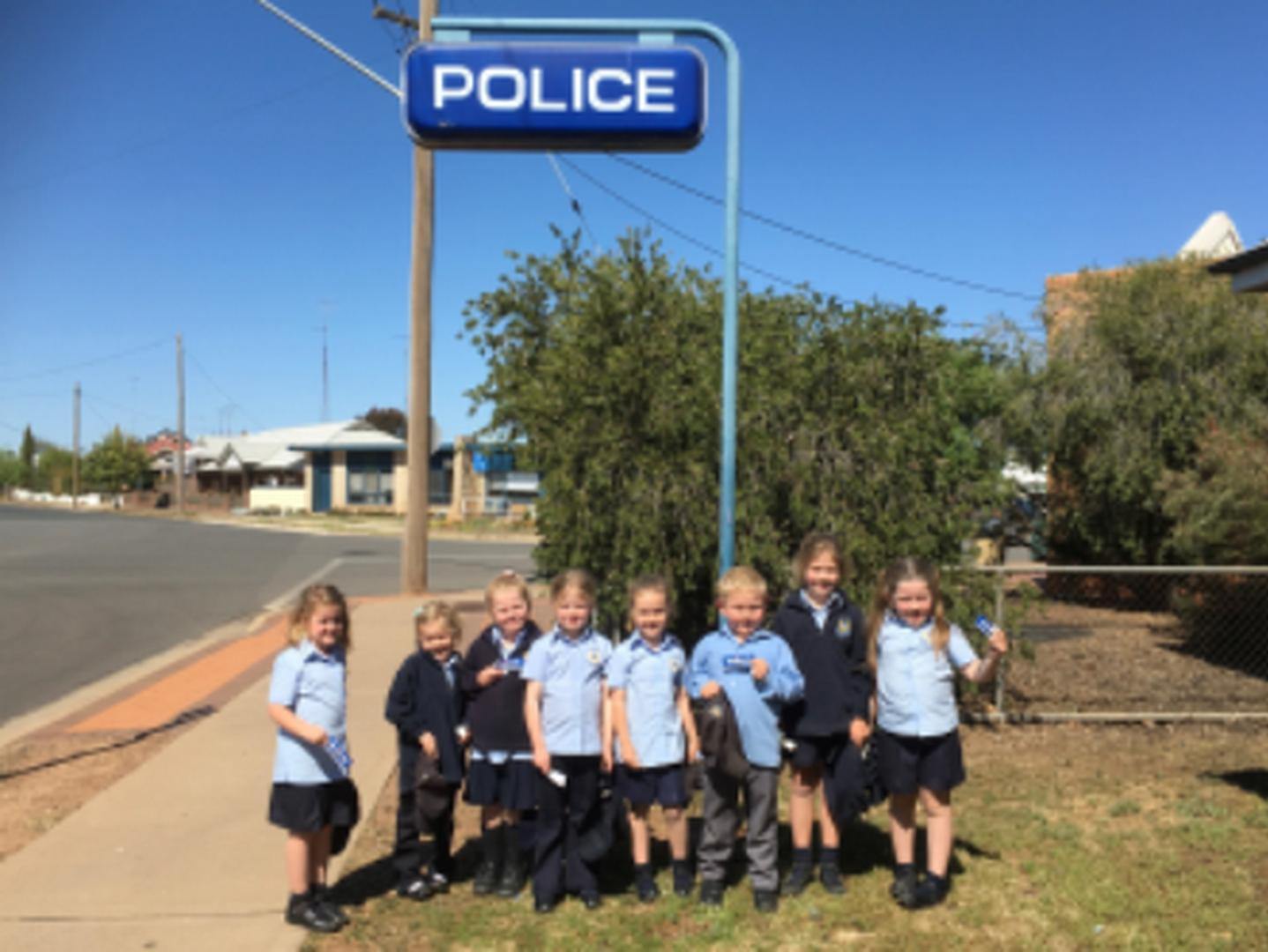 Kinder Police