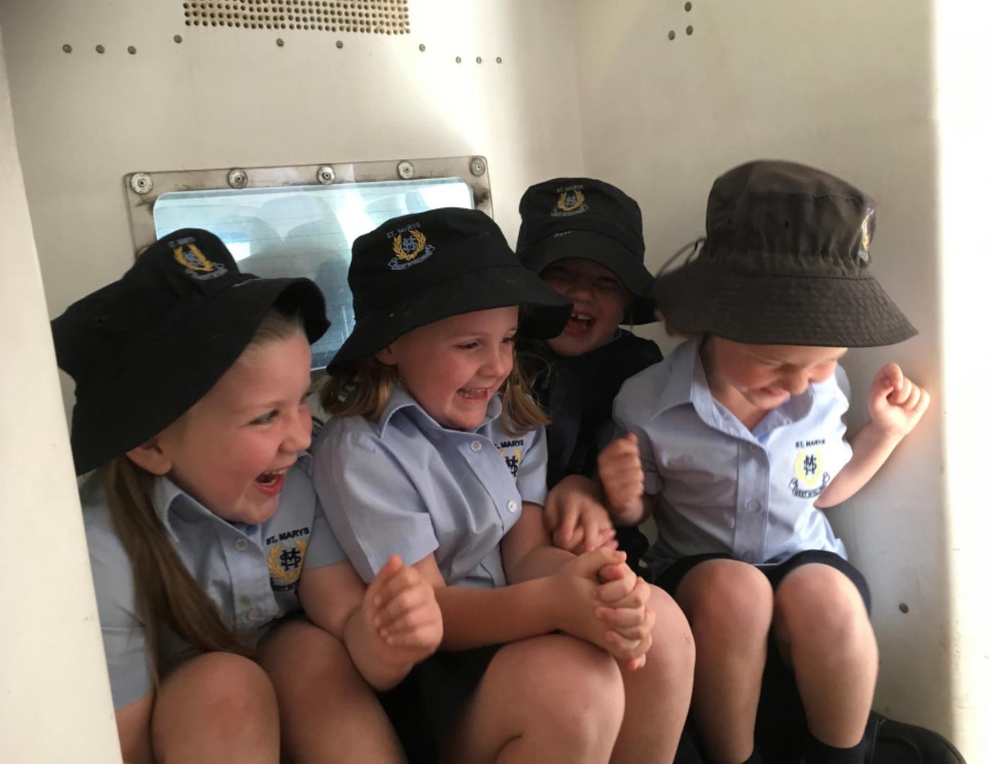 Kinder Police 1